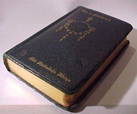 Mis- en gebedenboek - een katholiek meisje
